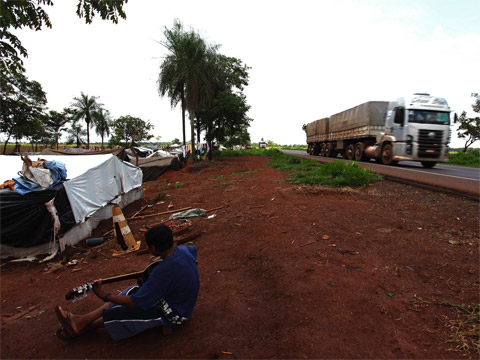 Roadside camp in Mato Grosso, Brazil