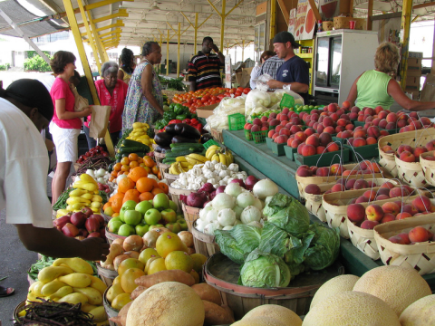 Sustainable food is good food. A Farmers' Market in Jackson, Mississippi. Photo: NatalieMaynor via Flickr.com.