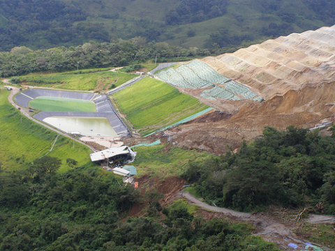 Collapse of the cyanide heap leach pile at Bellavista mine in Costa Rica, January 2009. Photo: CEUS del Golfo via Earthworks.