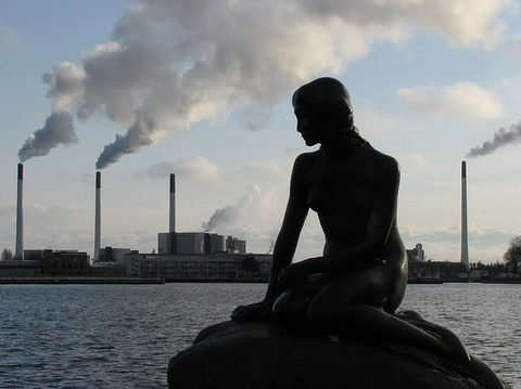 Copenhagen's little mermaid - during the 2009 COP15 climate conference. Photo: Erik de Haan via Flickr.com.