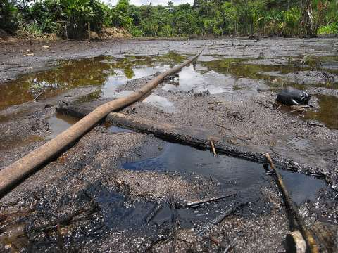 Oil pipeline across Lago Agrio, in Ecuador's Amazon. Photo: Julien Gomba via Flickr.