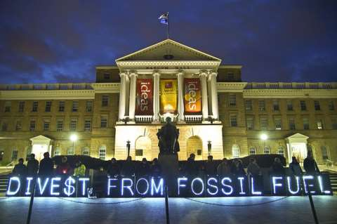 Divest from Fossil Fuels! Photo: Light Brigading via Flickr.