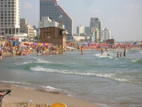Tel Aviv beach. Photo: Wikimedia Commons.