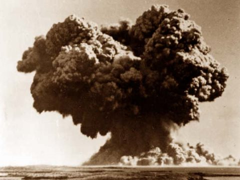 The UK's first bomb test: Operation Hurricane. The plutonium implosion device was exploded at sea at the Montebello Islands, West Australia, on 3rd October 1952. Photo: Wikimedia Commons.