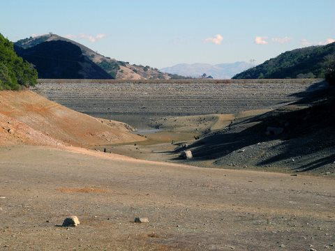 Uvas Dam and Reservoir, California, February 1, 2014. Photo: Ian Abbott via Flickr.
