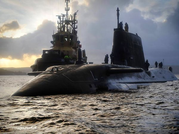 Soon a thing of the past? HMS Astute  sailing up the Clyde to the Faslane nuclear naval base. Photo: UK Ministry of Defence via Flickr (CC BY-NC-ND 2.0).