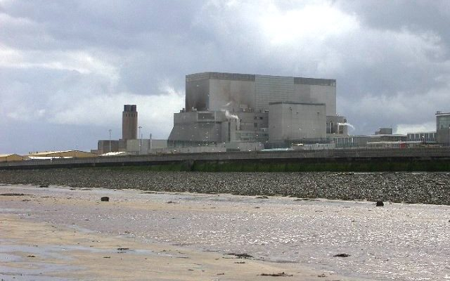 Hinkley Point B nuclear power station. Photo: Robin Somes / Wikimedia Commons.