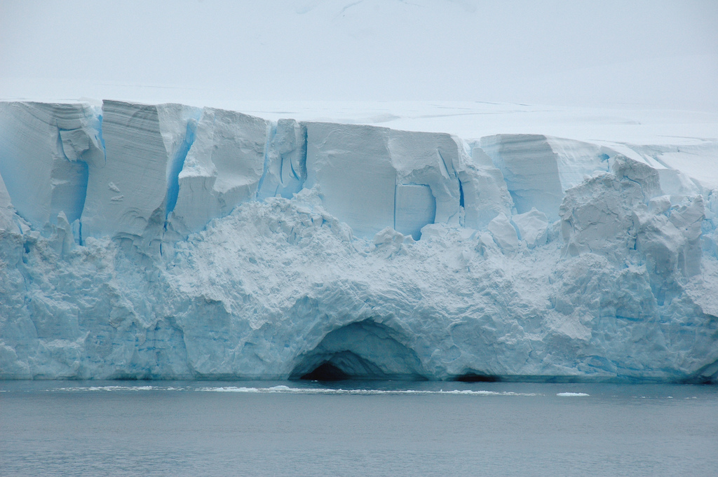 The Gerlache strait, Andvord Bay, Antarctica. Photo: Rita Willaert via Flickr (CC BY-NC).