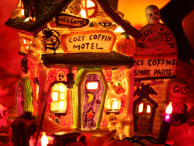 Don't let pesky nano-particles in candy spoil your children's Halloween. Photo: Cozy Coffin Motel by Kevin Dooley via Flickr (CC BY).