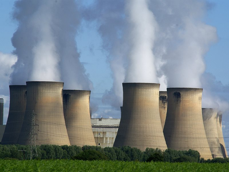 Drax power station in Yorskshire, England, was to host the UK's examplar of BECCS in its White Rose project, with a planned CCS add-on. In a rare moment of santity, the UK government has pulled the funding. Photo: Ian Britton via Flickr (CC BY-NC).