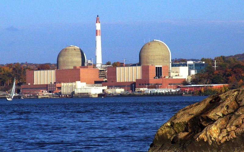 The Indian Point nuclear site in Buchanan, NY, Units 2 and 3. Photo: ©Entergy Nuclear / Nuclear Regulatory Commission via Flickr (CC BY-NC-ND).