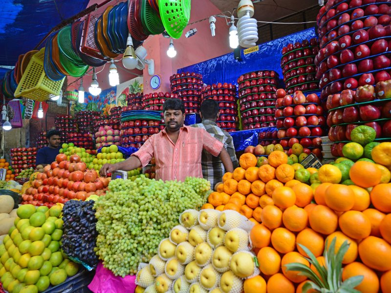If we ate more of this, the world would be a cleaner and healthier place! Fruit vendor in Devaraj Market, Mysore, India. Photo: Christopher Fynn via Flickr (CC BY).