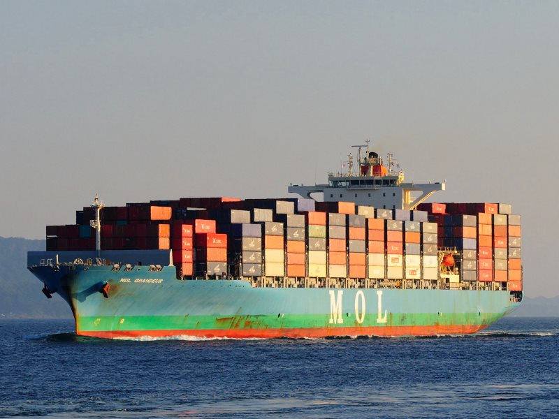 Container ship MOL GRANEUR. Photo: ARTS_fox1fire via Flickr (CC BY-NC-ND).