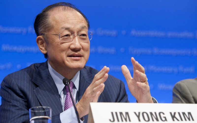 World Bank Group President Jim Yong Kim on fossil fuels: 'Do as I say, not as I do'. Photo: World Bank Photo Collection via Flickr (CC BY-NC-ND).