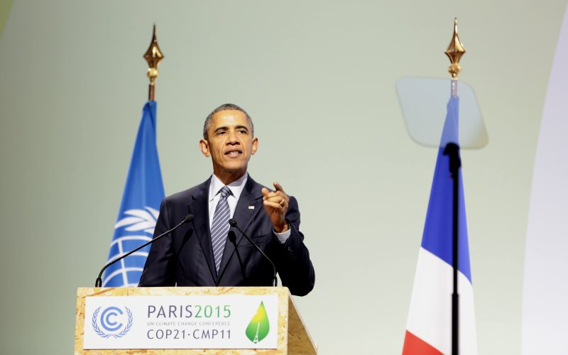 Obama spoke out at the COP21 climate conference. But his officials helped to thwart limits on emissions from international shipping at the IMP this week. Photo: ConexiónCOP Agencia de noticias via Flickr (CC BY).