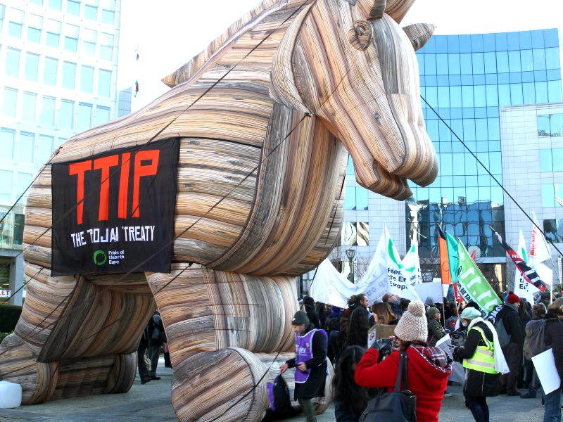 The TTIP Trojan Horse joins Green / EFA MEPs and hundreds of citizens from across Europe protesting against the Transatlantic Trade and Investment Partnership (TTIP), February 2015. Photo: greensefa via Flickr (CC BY).