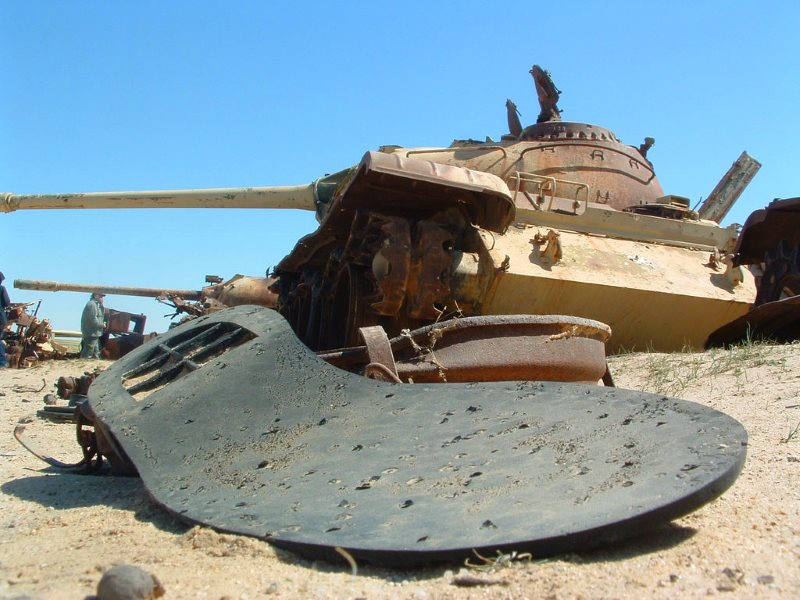 Tank destroyed by depleted uranium (DU) munitions on Iraq's 'Highway of Death' in the first Gulf War, February 2003. Photo: Christiaan Briggs via Flickr (CC BY-SA).
