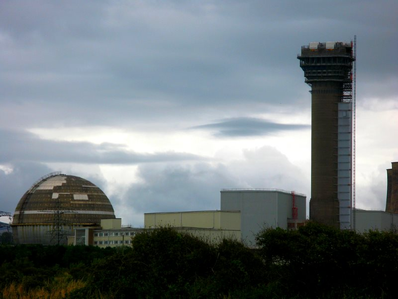 Imposing, moi? Photo of the Sellafield nuclear complex by Dafydd Waters via Flickr (CC BY-NC-ND).