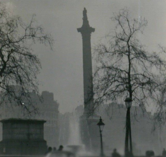 Back to the future? Nelson's Column in Trafalgar Square, London, in the Great Fog of 1952. Photo: N T Stobbs via Wikimedia Commons (CC BY-SA).