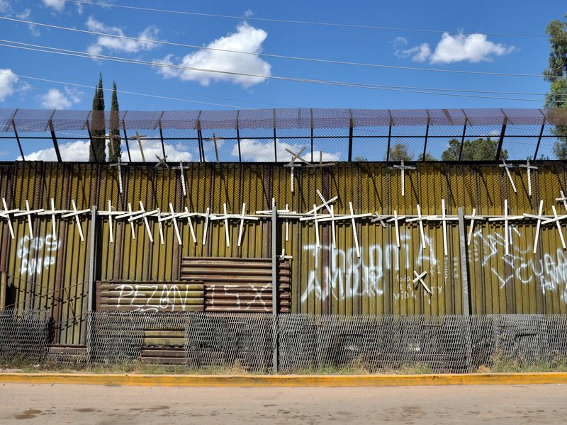 While Trump tries to extend the wall across the US-Mexico frontier, seen here at Nogales, Mexico could build a solar farm along the border, generating 2GW of power, and attracting technology, investment and jobs from the North. Photo: Jonathan McIntosh vi