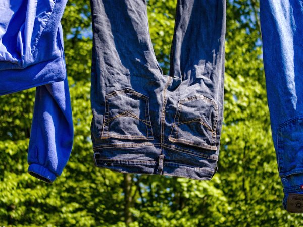 Sustainable living does not mean choosing a more efficient tumble drier - but washing clothes less often, and hanging them out to dry! Photo:  JW Capture via Flickr (CC BY-NC-ND).