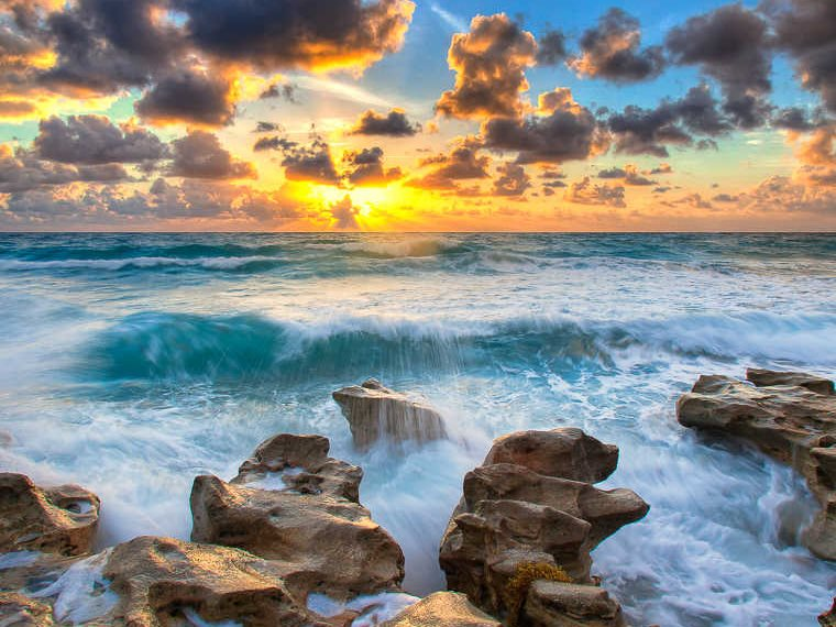 Ocean Sunrise over the Atlantic in Palm Beach County, Florida. Photo: Kim Seng via Flickr (CC BY-NC-ND).