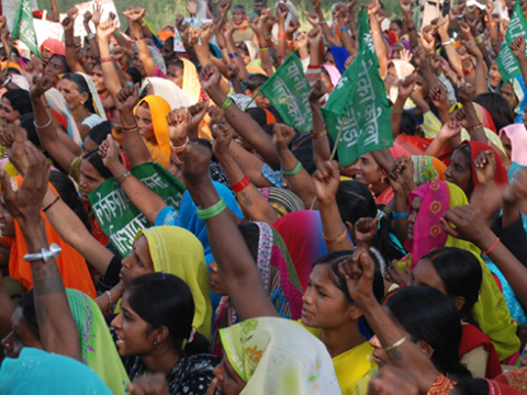 Protest against the Coca-Cola bottling plant at Mehdiganj. Photo: India Resource Center.