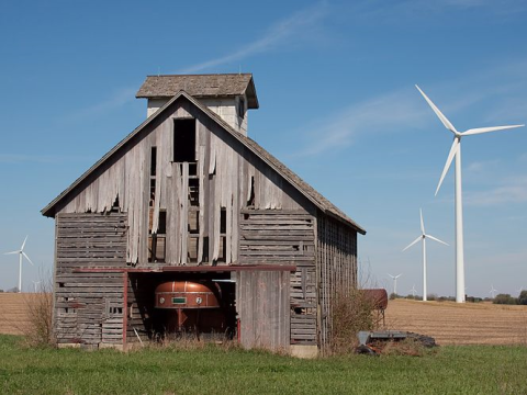 Mendota Hills Wind Farm in northern Illinois. Photo: Dori / Wikimedia Commons.