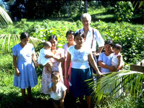Craig Sams with members of the Poyonaam Women's Group, Belize. Photo: Carbon Gold.