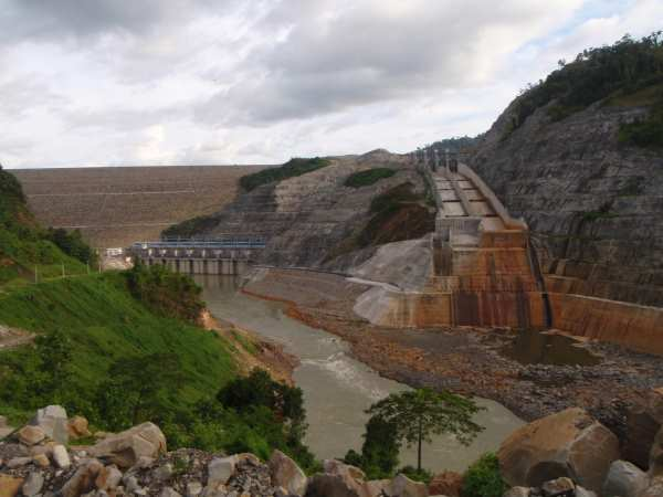 The Malaysian Bakun Dam is one of Asia's largest dams and had high cost and time overruns. Photo: Bruno Manser Fund.