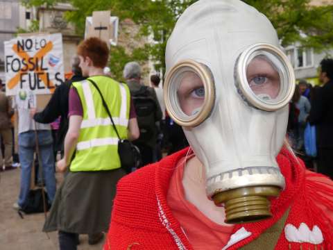 A young demonstrator in Oxford yesterday calling on the University to divest from fossil fuels. Photo: Zoe Broughton.