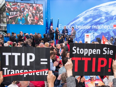 An anti-TTIP Flashmob protesting in Dortmund, Germany. Photo: campact via Flickr.