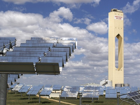The Abengoa solar tower, Spain. Photo: Alex Lang via Flickr.
