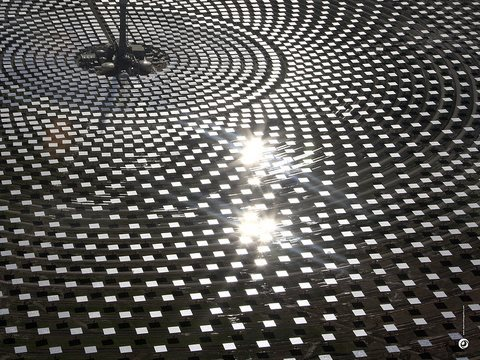 Gemasolar solar thermal power plant, Spain, uses molten salt storage to run 24 hours per day. Photo: Beyond Zero Emissions via Flickr, CC-BY.