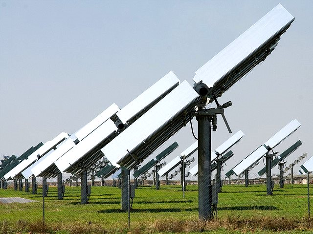 This PV farm near Sevilla, Spain, includes sun-tracking devices that double the daily output from the panels. Photo: Alejandro Flores via Flickr (CC BY 2.0).