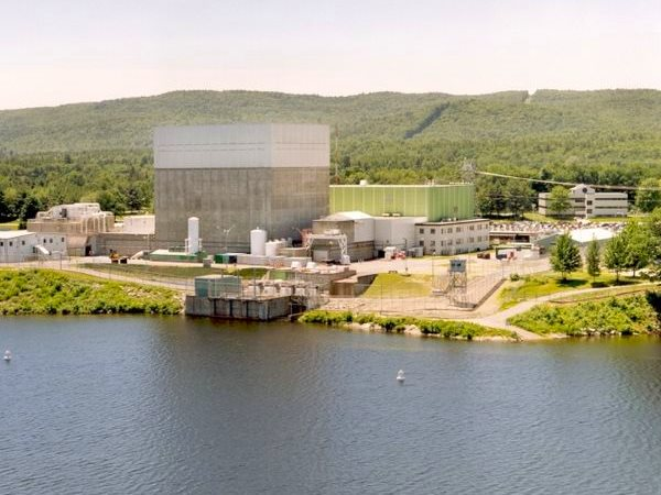 Nuclear fail: Entergy's 'Vermont Yankee' nuclear plant shut last year because it was running at a loss even with all its capital costs sunk. It now faces a $1.24 billion decommission - of which only $670 million is funded.