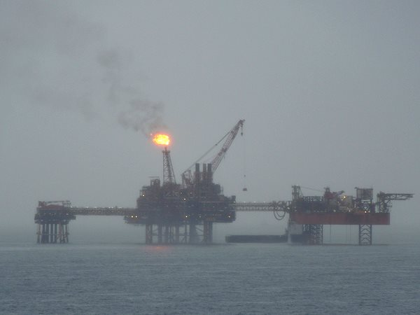 An oil rig in the Irish Sea, two hours from Liverpool. Photo: *Psycho Delia* via Flickr (CC BY-NC 2.0).