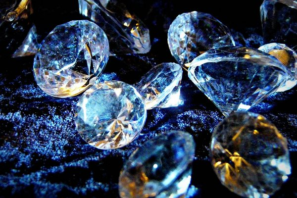 All that glitters is not gold ... Diamonds. Photo: Judy van der Velden via Flickr (CC BY-NC-ND 2.0).