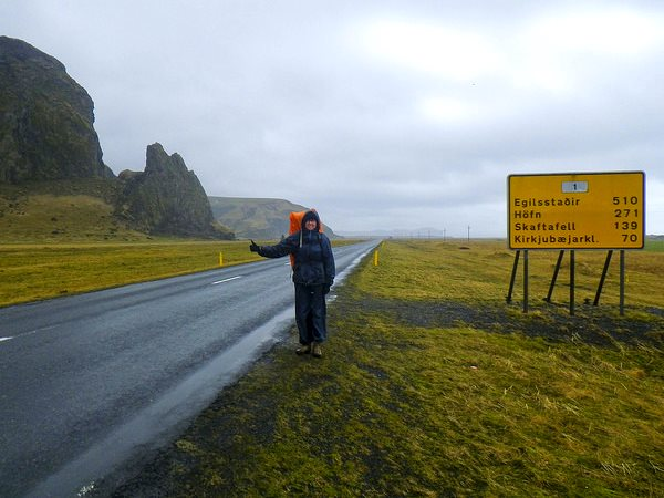 Hitching a ride on Iceland's 1,322km 'Ring Road', which runs right around the island linking most of its population. Photo: Martin Lopatka via Flickr (SS BY-SA 2.0).