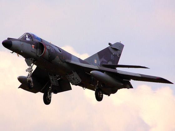 A Dassault Super-Etendard aircraft of the kind that sunk the UK's HMS Sheffield with an Exocet missile in the 1982 Falklands war. But after the UK extracted secret codes from the French, it could disarm them in mid air. Just like the US will surely be abl