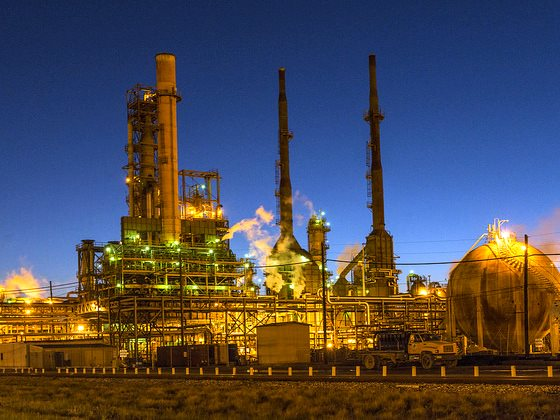 It's only a matter of time before solar energy will make all this petroleum infrastructure worthless. But until then, there's money to be made! Dusk view of the Valero Energy Corporation's refinery in Port Arthur, Texas. Photo: Carol M. Highsmith via Flic
