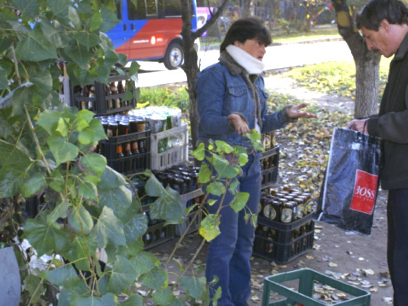 Russia's informal recycling sector at work. Photo: Minna Halme.