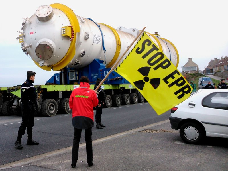 The first steam generator being delivered to the Flamanville EPR, 15th March 2014. With the discovery of steel defects in the reactor vessel, it is now possible that the entire project will be abandoned. Photo: Greenpeace Cherbourg via Flickr (CC BY-NC-SA