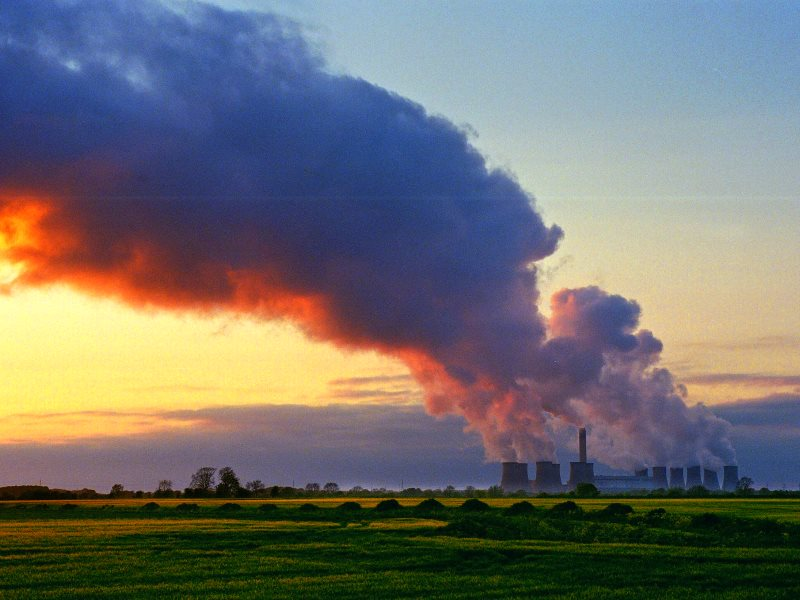 The Drax coal and biomass fired power station in North Yorkshire, one the UK's biggest point source emitters of greenhouse gases. Photo: Andrew Davidson via Flickr (CC BY-NC-ND).