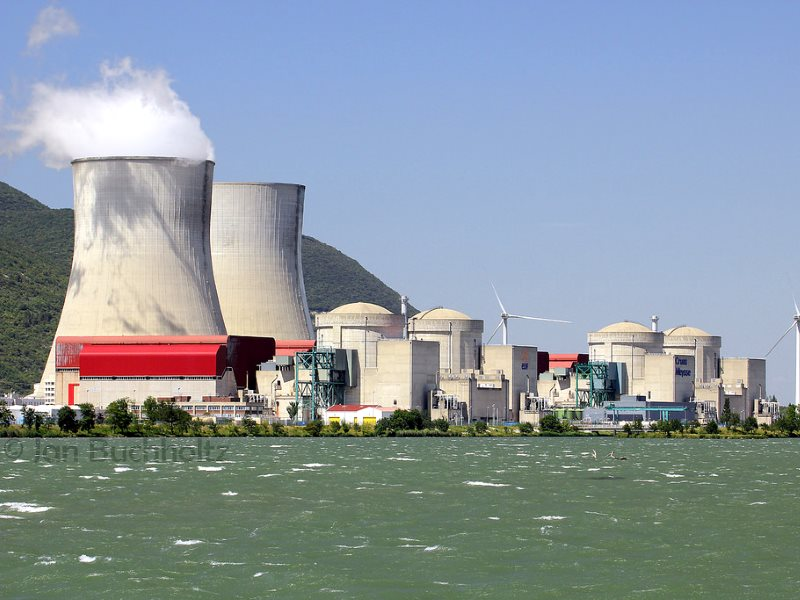 EDF's Cruas nuclear complex in  Rhône-Alpes, France, where two reactors have been out of action this autumn due to safety concerns. Photo: jan buchholtz via Flickr (CC BY-NC-ND).