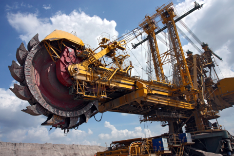 Mining taking place at an Australian open pit coal mine. Photo: Kadda / Shutterstock.com.