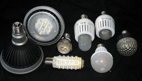 Assortment of LED bulbs. Photo: Geoffrey.landis / Wikimedia Commons.