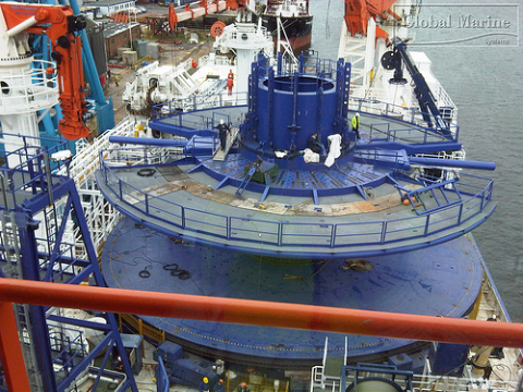 North Ocean 102 Cable Carousel, laying the UK-Holland interconnector across the North Sea in 2009. Photo: Global Marine Photos via Flickr.com.