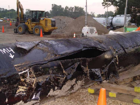 Enbridge's ruptured pipeline near the River Kalamazoo, Michigan, July 2010. Photo: NRDC.
