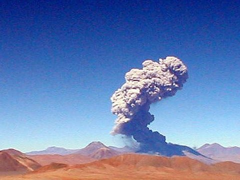 Chile's Lascar volano in eruption. Some geoengineering techniques would imitate the cooling effect of volcanic dust to reduce global warming. Photo: Neil via Flickr.